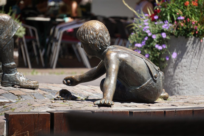 Kunst auf dem Marktplatz von Lorsch