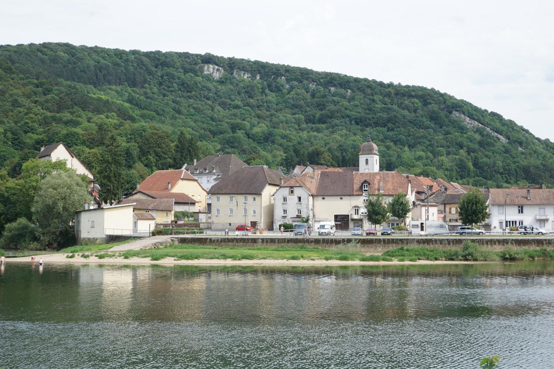 Clerval (an der Doubs) links liegt der Zeltplatz