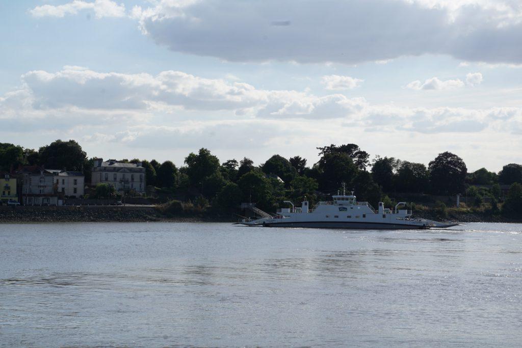 Nach Main- und Rheinfähre jetzt die Loirefähre bei Couéron