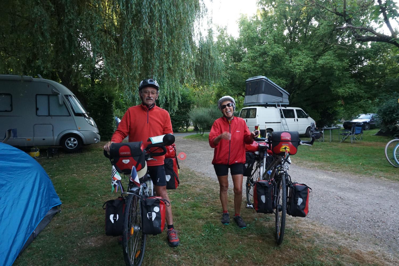 Das französische Ehepaar, dass vom Atlantik nach Leipzig gefahren ist und jetzt wieder auf dem Rückweg ist. Nach drei Tagen wieder getroffen.