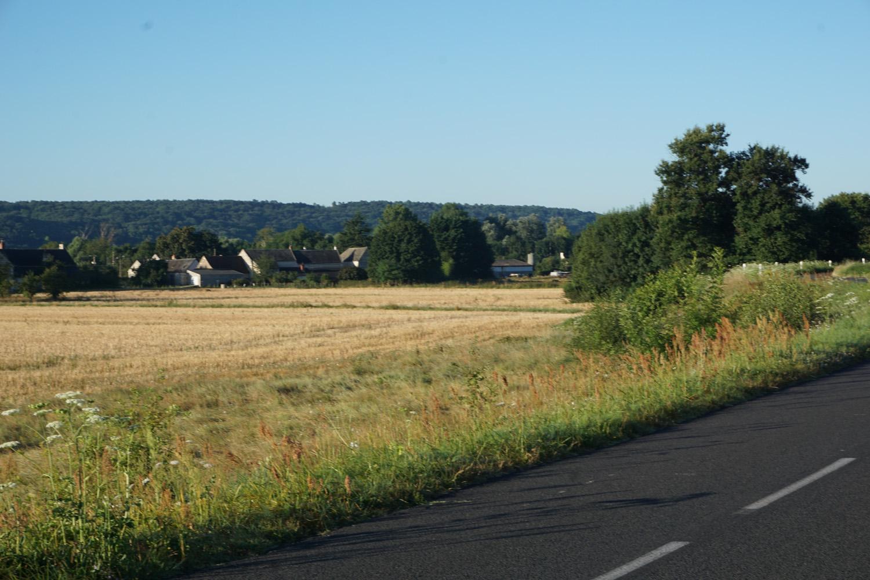 Landwirtschaft, kleine Dörfer, Hügel im Tal der Loire