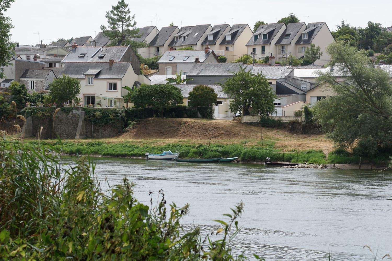 Dorf an der Loire
