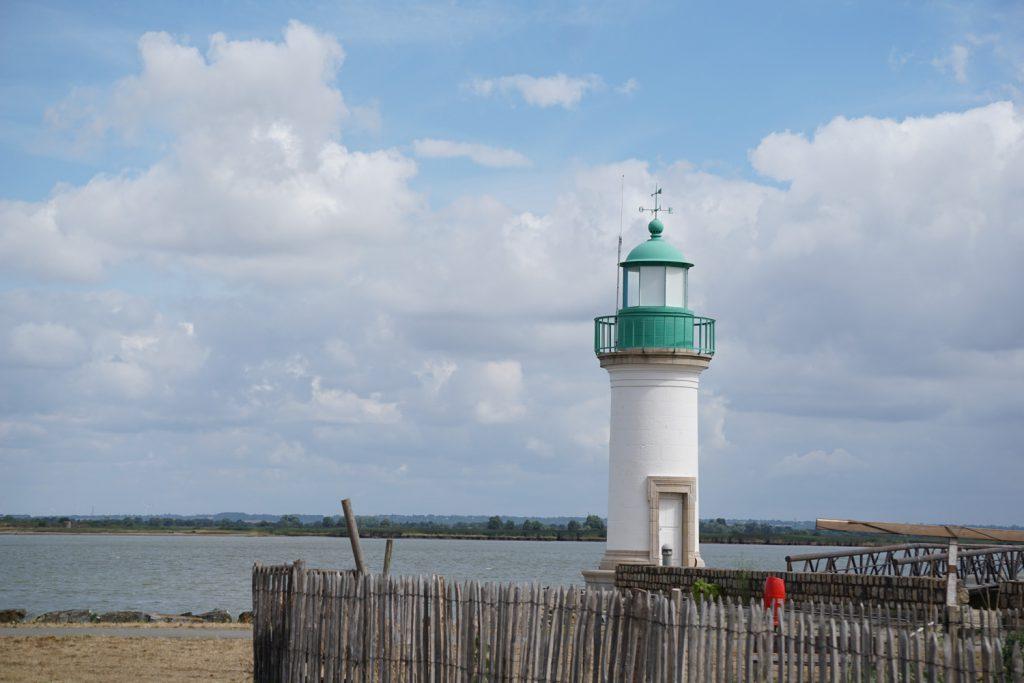 Der 1. Leuchtturm, es kann nicht mehr weit sein bis zum Atltantik