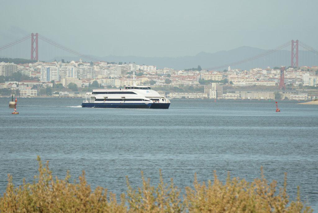 Fähre von Lissabon nach Berreiro