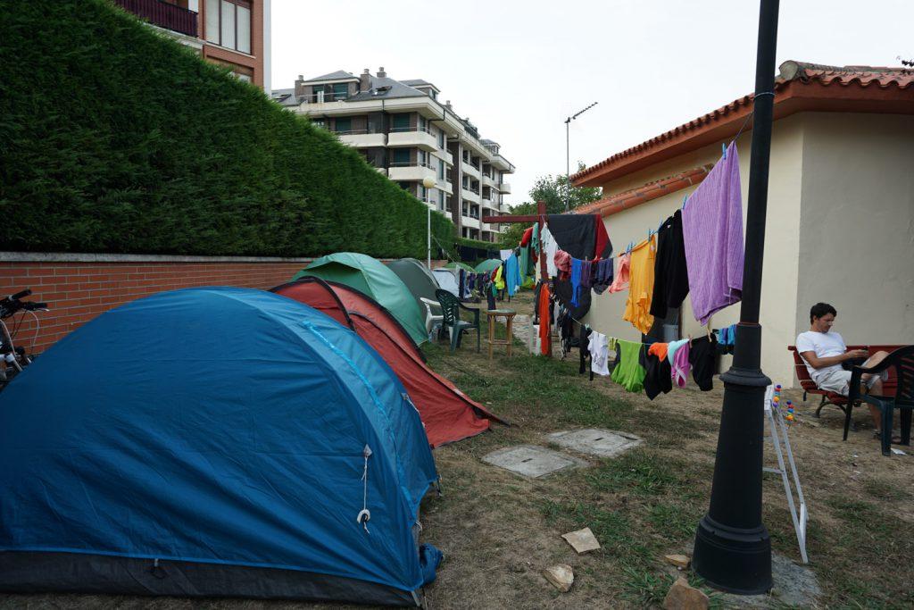 Zelten in der Pilgerherberge