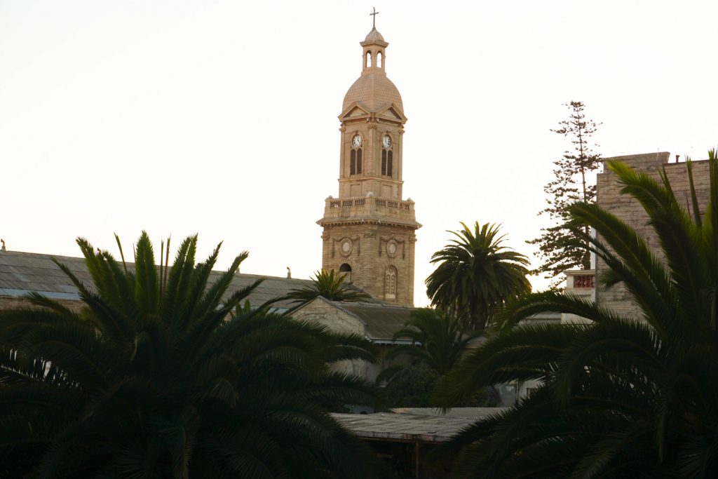Eine der vielen Kirchen in La Serena